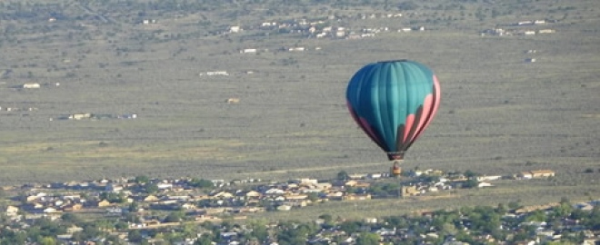 hot air balloon rides over the rio grande