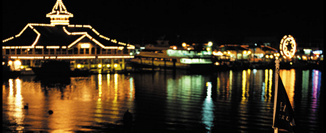 Scenic Dinner Cruise Newport Beach